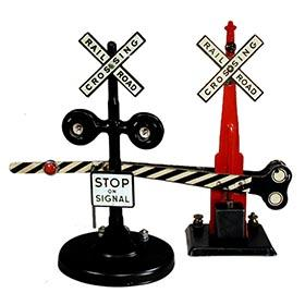 1952 #423 Crossing Signal with Flashing Lights, #438 Automatic Gate